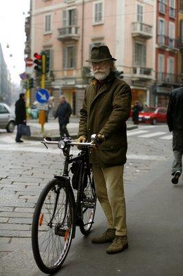 bikemagenta1