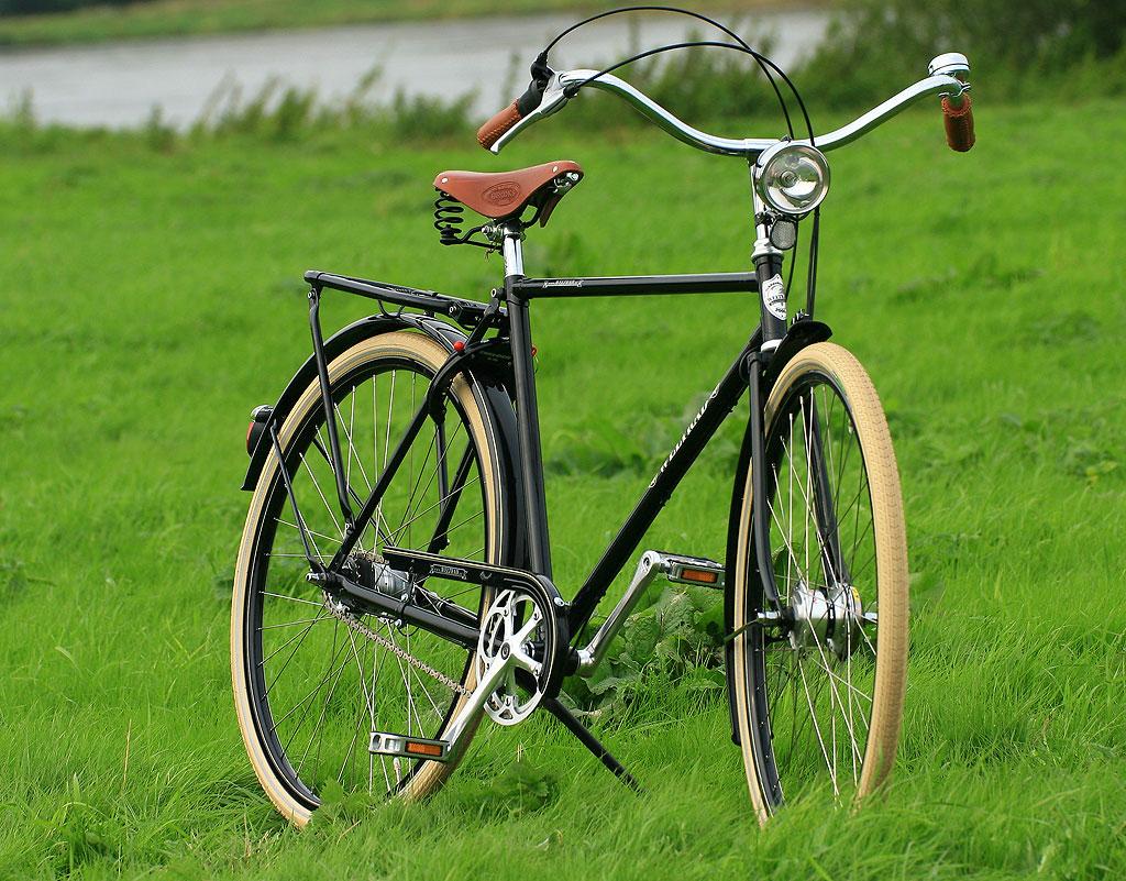Bicicletas nostalgicas weltrad biciclasica for Bicicletas antiguas nuevas