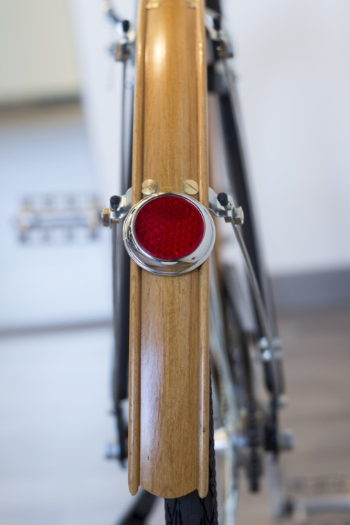 Wood Fender and Steel Reflector